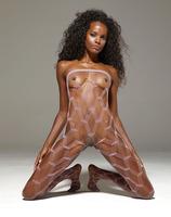 Valerie in Pop Star (nude photo 11 of 16)