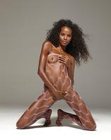 Valerie in Pop Star (nude photo 14 of 16)