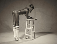 Ebony goddess Simone shows athletic body in classic nudes (nude photo 12 of 16)
