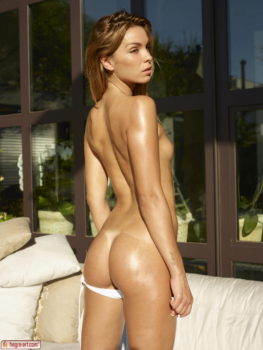 Bikini topless websites