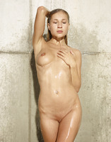 Hegre-Art nude Darina L in Wet Extreme (nude photo 7 of 16)