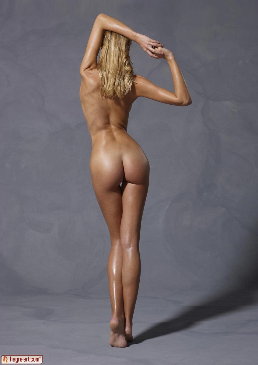 Love top model nude pic