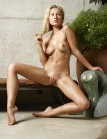 Darina L in Insanely Sexy by Hegre-Art (nude photo 6 of 16)