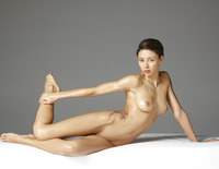 Hegre-Art model Rose in Sculpture (nude photo 8 of 16)