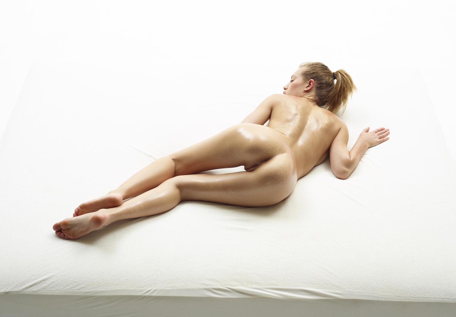 Nude Photo HQ Wife on big cock