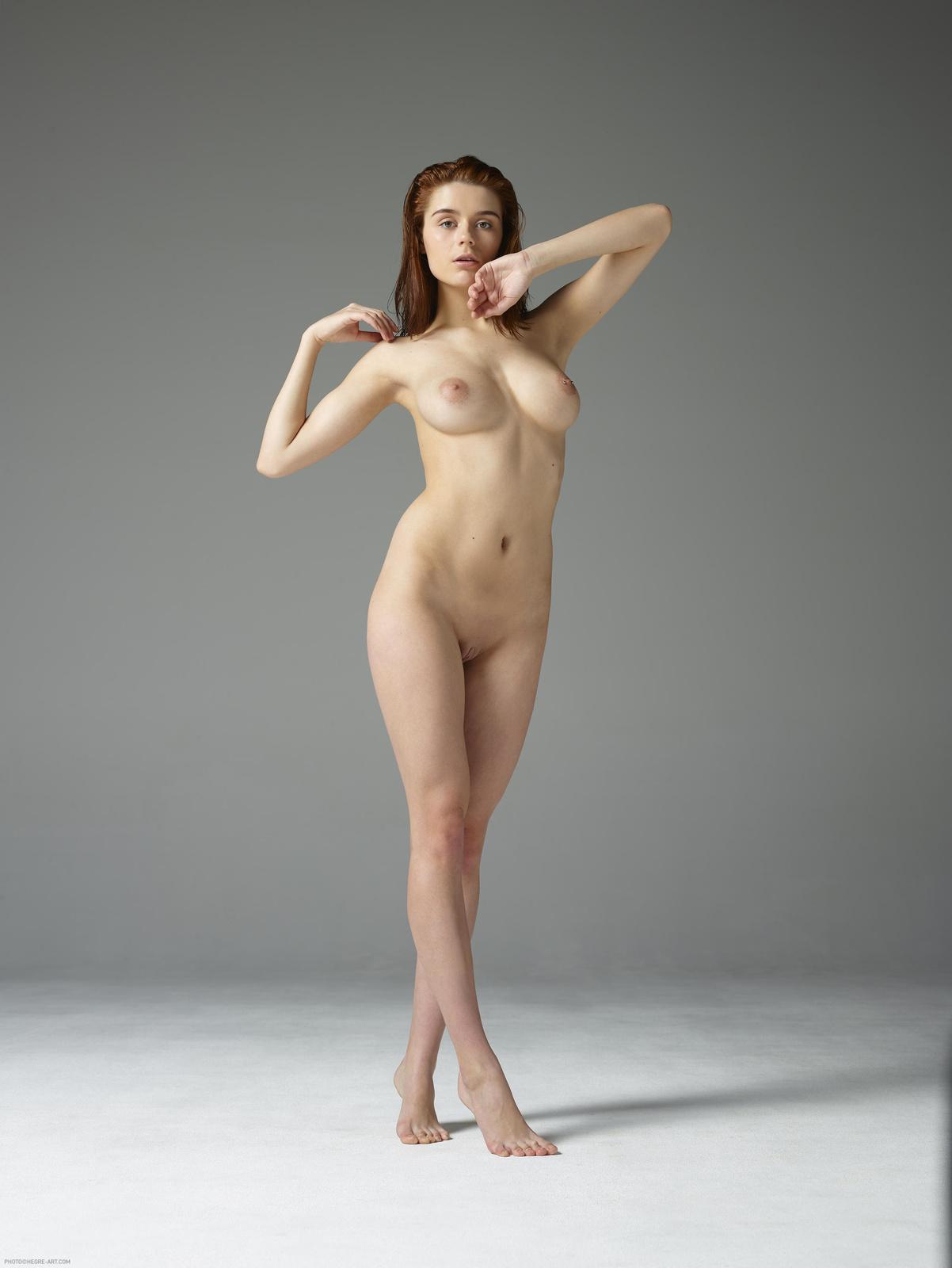 Kloe in First Nudes by Hegre-Art (16 photos) | Erotic Beauties