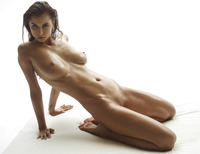 Marisa in Madonna by Hegre-Art (nude photo 12 of 16)