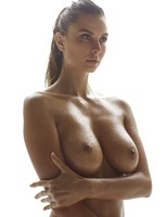 Marisa in Madonna by Hegre-Art (nude photo 16 of 16)