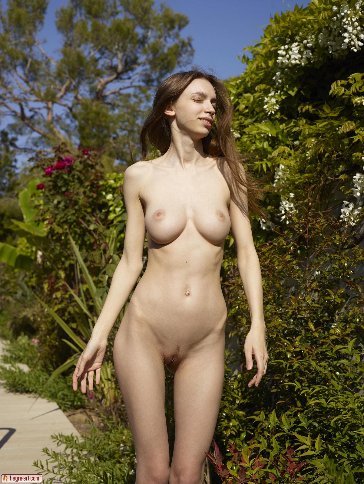 Nude Female Gardeners
