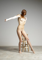 Gia Hill in Posing For Her Twin Sister Noma by Hegre-Art (nude photo 11 of 16)