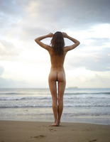 Cleo in Beach Nymph by Hegre-Art (nude photo 2 of 16)