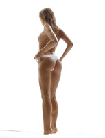 Amber in Hot Bod by Hegre-Art (nude photo 6 of 16)