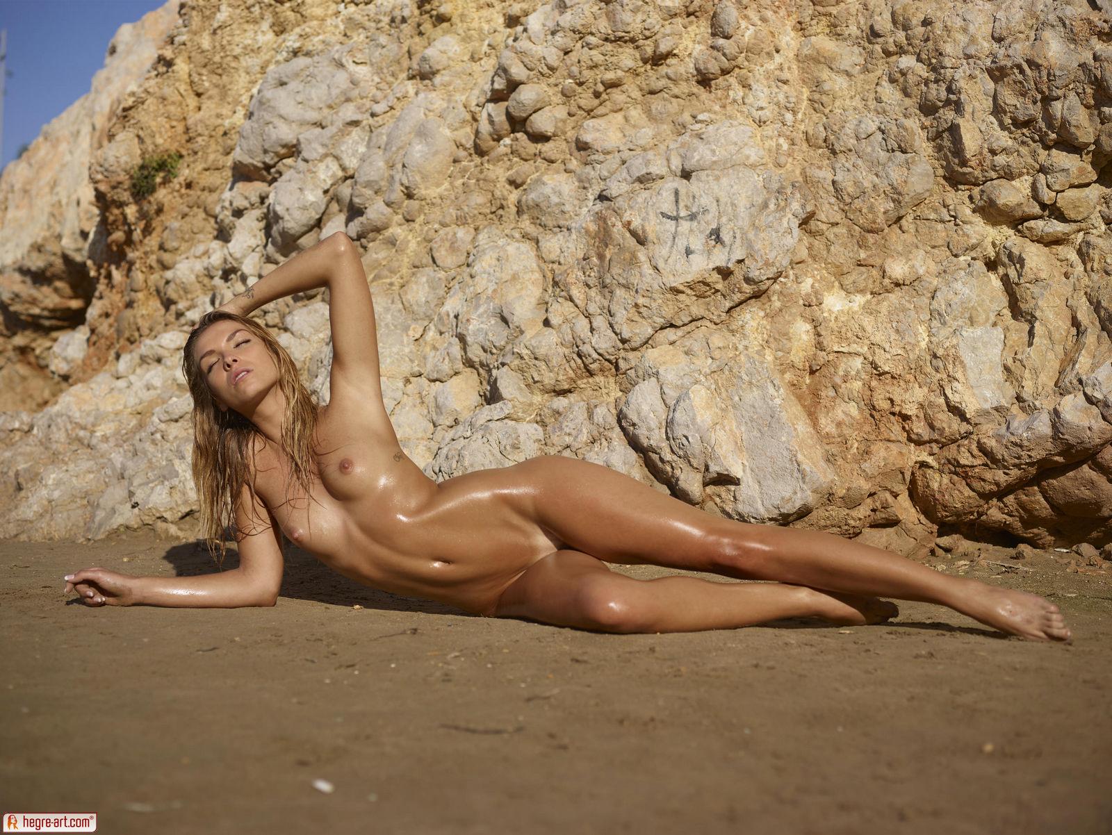 Amber In Burning Hot By Hegre-Art 16 Photos  Erotic Beauties-8766