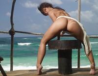 Nude Beauty Melissa (nude photo 14 of 16)