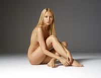 Aleksandra in Baby Face by Hegre-Art (nude photo 3 of 16)
