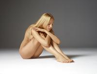 Aleksandra in Baby Face by Hegre-Art (nude photo 4 of 16)