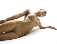 Darina L in Baby Oil by Hegre-Art (nude photo 7 of 16)