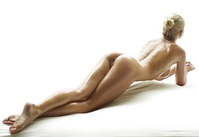 Darina L Nude