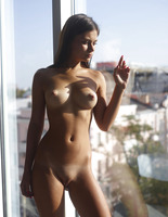 Venus in Window Light by Hegre-Art (nude photo 15 of 16)