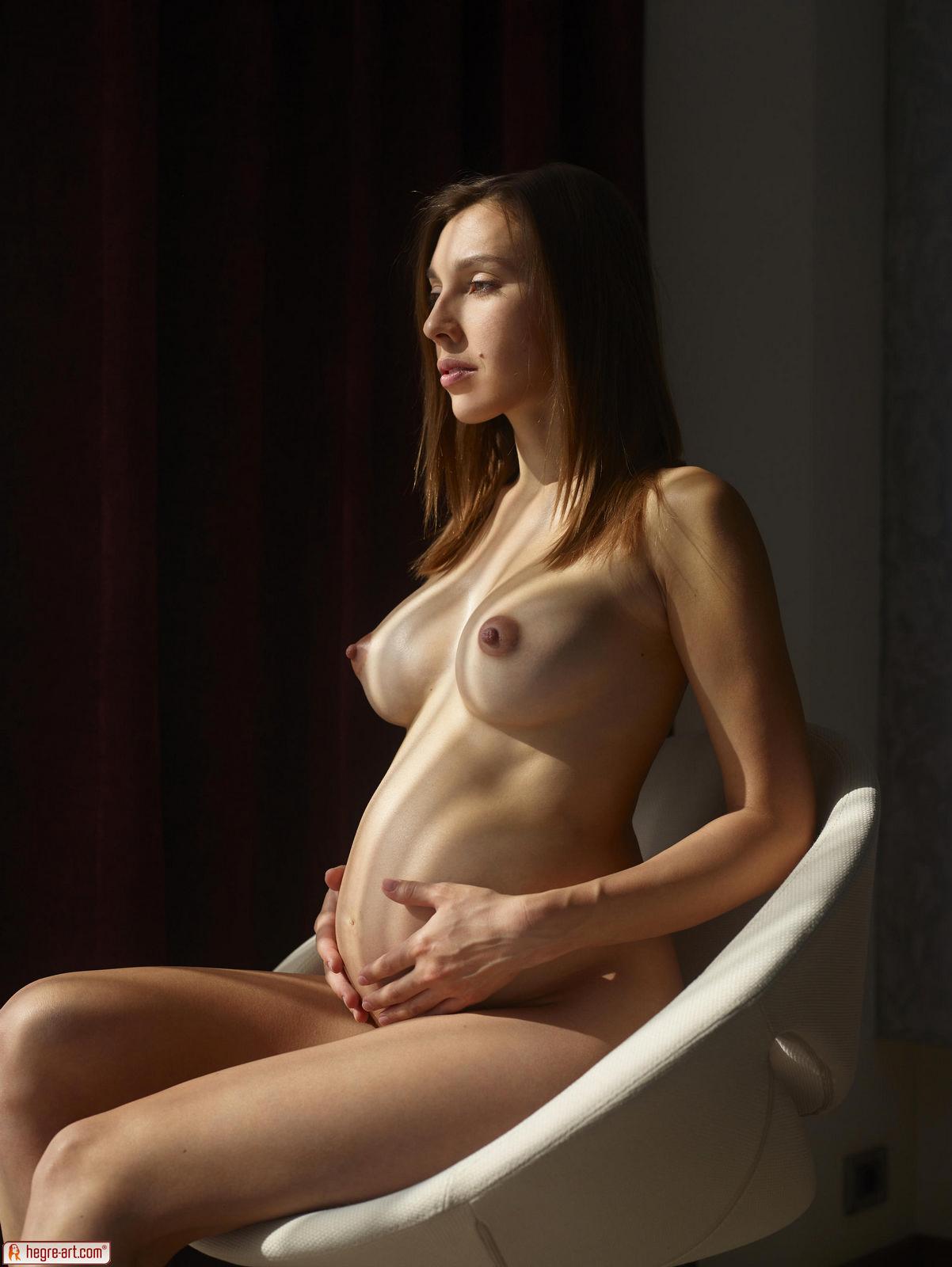 Sexy pregnant nudes