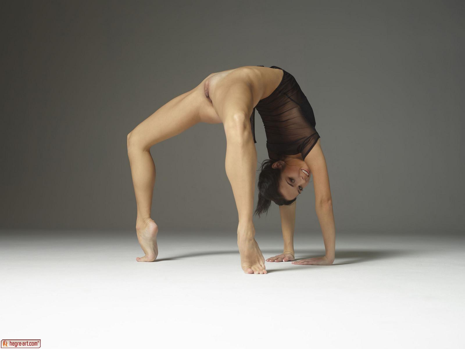фото гимнасток без трусиков - 5