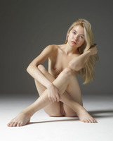 Margot in Introduction by Hegre-Art (nude photo 2 of 16)