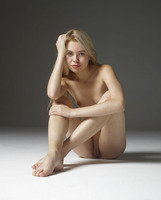 Margot in Introduction by Hegre-Art (nude photo 4 of 16)