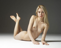 Margot in Introduction by Hegre-Art (nude photo 14 of 16)