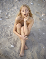Aleksandra in Sandy Sunset by Hegre-Art (nude photo 14 of 16)