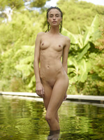 Cleo in Water and Land by Hegre-Art (nude photo 9 of 16)