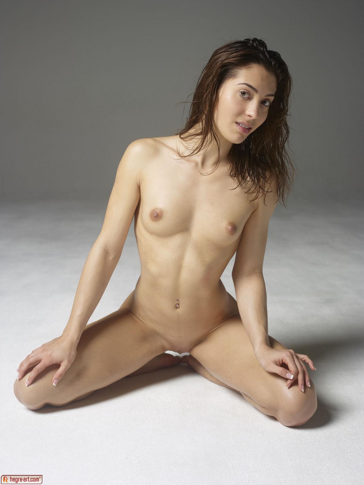 Mya escort