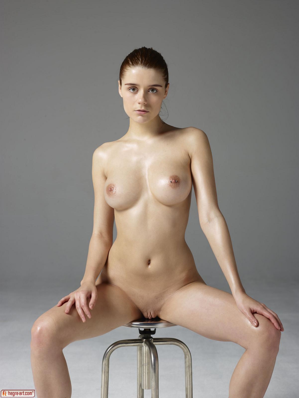 Kloe In Body Bananza By Hegre-Art 16 Photos  Erotic Beauties-3985