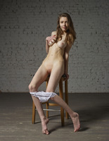 Milla in 18 Years Old by Hegre-Art (nude photo 14 of 16)