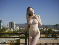 Emily Bloom in Hollywood by Hegre-Art (nude photo 10 of 16)