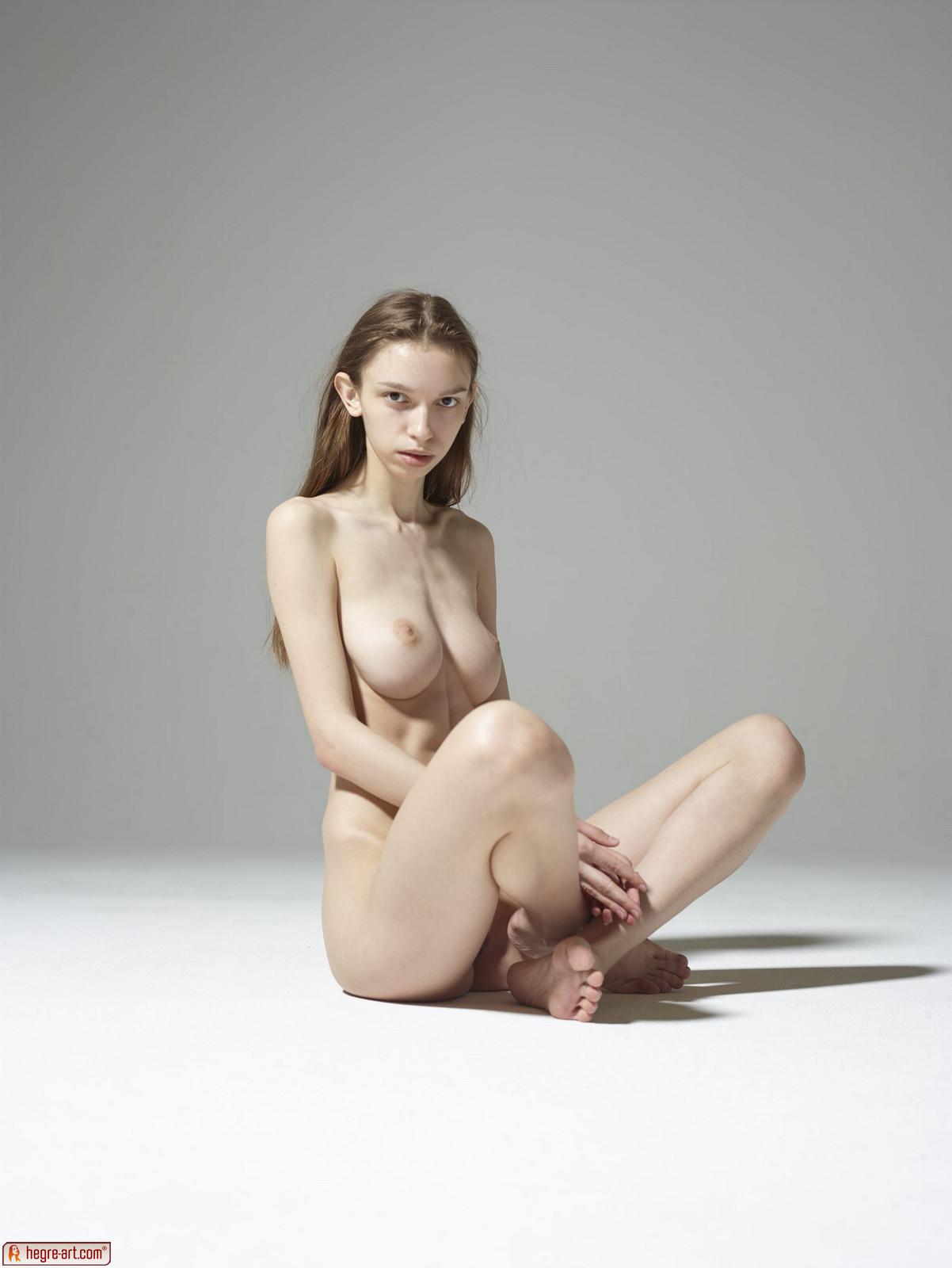 Aya Beshen in Pure Nudes by Hegre-Art (12 photos)   Erotic Beauties