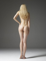 Margot in Booty Pics by Hegre-Art (nude photo 6 of 12)