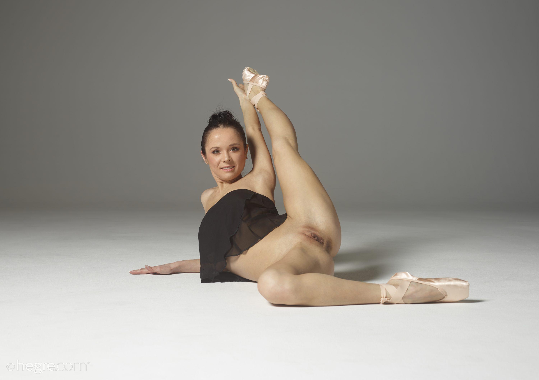 Foto naked ballet sek — pic 4