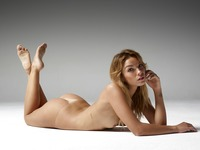 Amber in Body Beauty by Hegre-Art (nude photo 1 of 12)