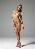 Amber in Body Beauty by Hegre-Art (nude photo 4 of 12)