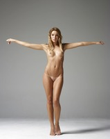 Amber in Body Beauty by Hegre-Art (nude photo 6 of 12)
