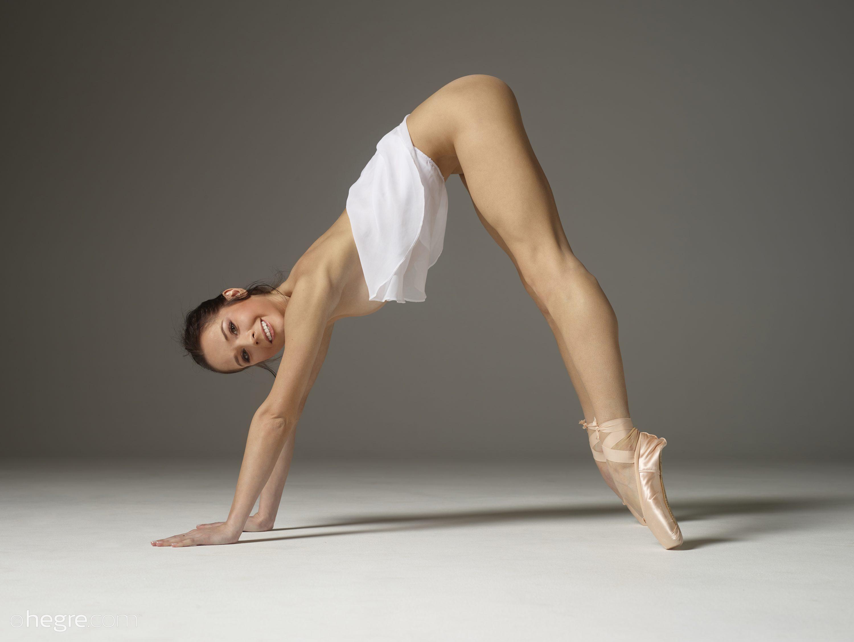 Julietta In Sexy Stretching By Hegre-Art 12 Photos  Erotic Beauties-4586