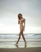 Sonya in Sunrise On The Beach by Hegre-Art (nude photo 1 of 12)