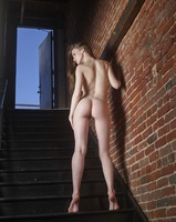 Emily Bloom in Electric Nudes by Hegre-Art (nude photo 2 of 12)