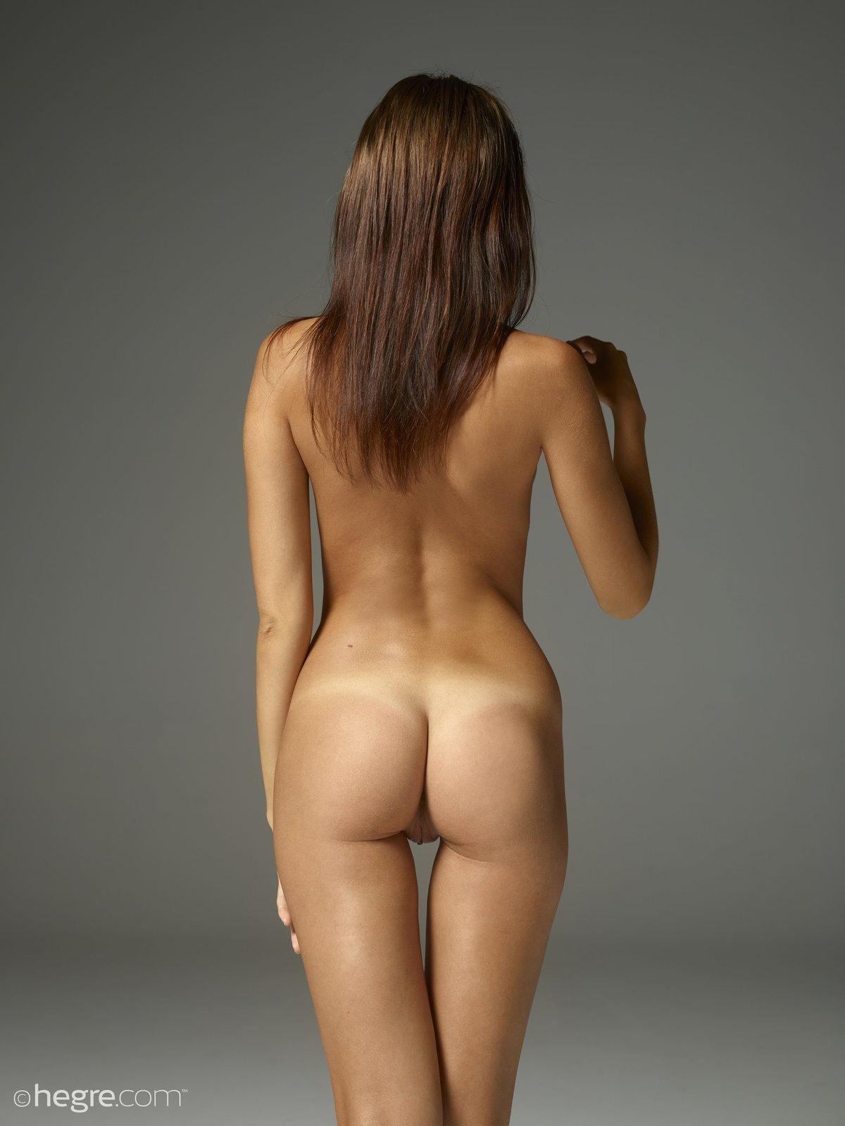 Nude Photo HQ Chubby carrier cd