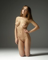 Adriana in Ample Attributes by Hegre-Art (nude photo 9 of 12)