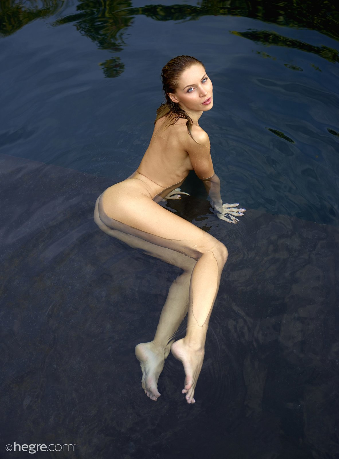 Skinny Teen Nude Pics