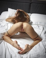 Cameron in Bed Games by Hegre-Art (nude photo 11 of 16)