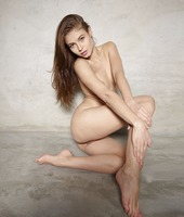 Jenna in Naked Truth by Hegre-Art (nude photo 7 of 12)