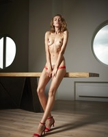 Alya in 30 and Rocking by Hegre-Art (nude photo 3 of 12)