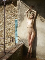 Francy in Tuscan Nudes by Hegre-Art (nude photo 3 of 12)